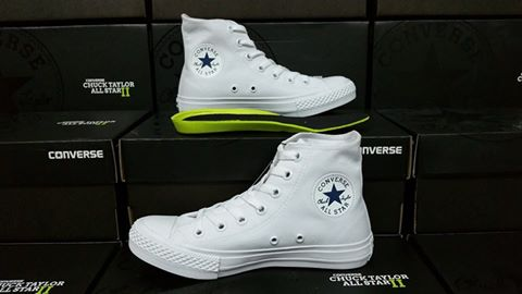 chuck 2 white Shop Clothing & Shoes Online
